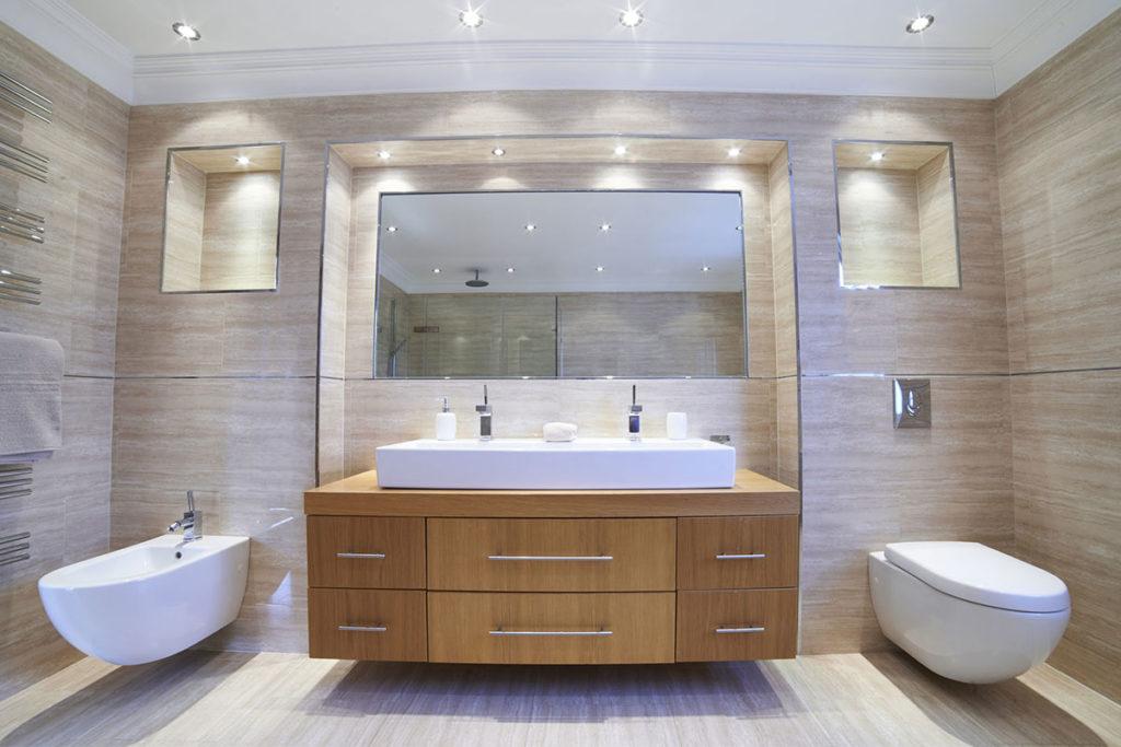 Quelle déco est-elle adaptée à votre carrelage de salle de bain ?